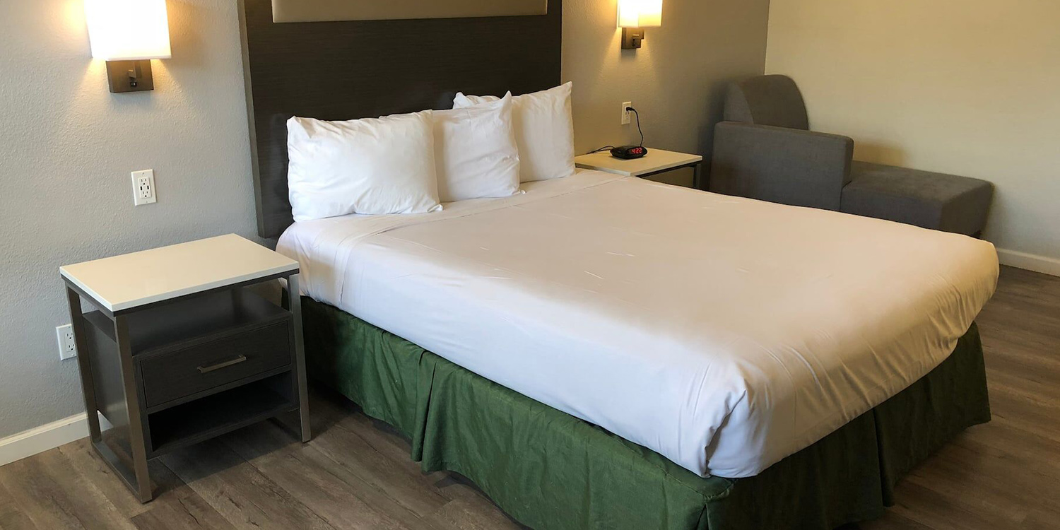 ENJOY COMFORTABLE ACCOMMODATIONS IN THE HEART OF MILPITAS, CA