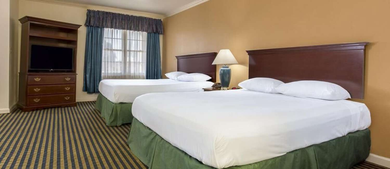 RELAX IN OUR WELL-APPOINTED MILPITAS, CA GUEST ROOMS AND SUITES