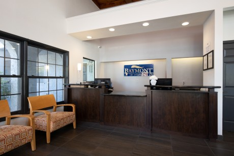 Baymont Inn and Suites Milpitas - Accessible Front Desk